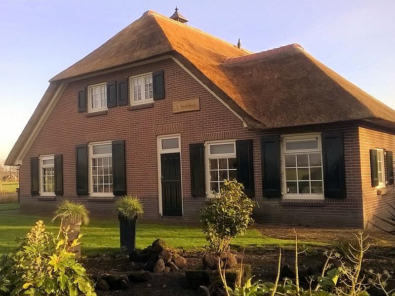 Wat kost een nieuw rieten dak