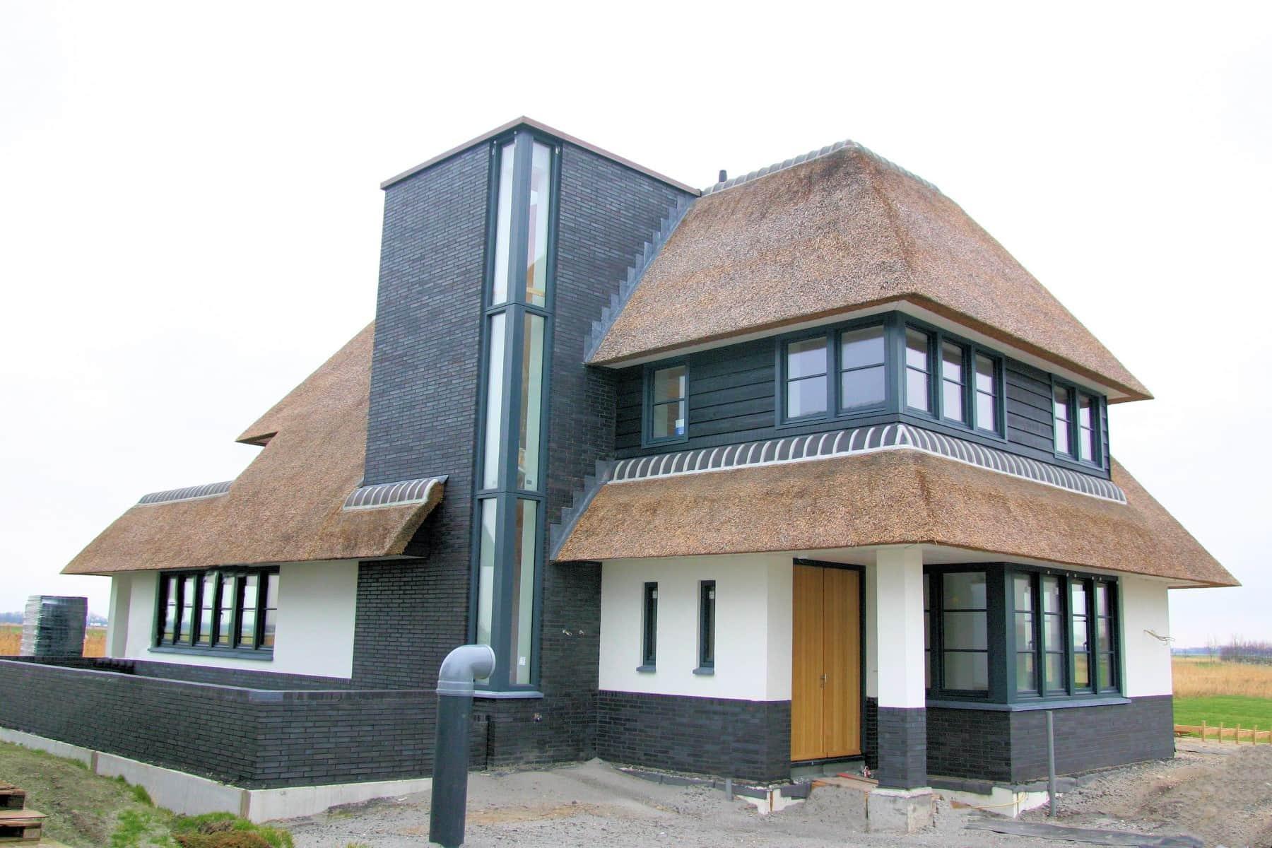 Villa s rieten dak rietdekkersbedrijf de rietdekkerij